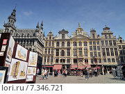 Купить «Guildhalls on the Grand Place Brussels Belgium.», фото № 7346721, снято 22 октября 2019 г. (c) BE&W Photo / Фотобанк Лори