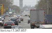 Проспект Калинина город Барнаул, Движение автомобилей, час пик (2015 год). Редакционное фото, фотограф Денис Поджаров / Фотобанк Лори