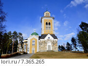 Купить «Керимяки. Финляндия. Самая большая христианская церковь, построенная из дерева. 1848», фото № 7365265, снято 25 апреля 2015 г. (c) Владимир Кошарев / Фотобанк Лори