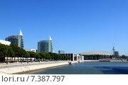 Купить «Выставочный центр в Лиссабоне», фото № 7387797, снято 19 сентября 2019 г. (c) Владимир Григорьев / Фотобанк Лори