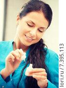 Купить «beautiful woman polishing her nails», фото № 7395113, снято 18 июня 2011 г. (c) Syda Productions / Фотобанк Лори
