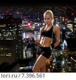sporty woman with skipping rope. Стоковое фото, фотограф Syda Productions / Фотобанк Лори