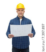 Купить «smiling male builder in helmet with blueprint», фото № 7397897, снято 7 марта 2015 г. (c) Syda Productions / Фотобанк Лори