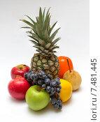 Восемь фруктов на белом фоне. Стоковое фото, фотограф Денис Приходько-Муханов / Фотобанк Лори