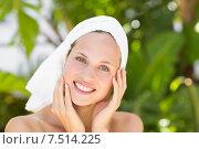 Купить «a woman preparing herself for spa day», фото № 7514225, снято 11 февраля 2015 г. (c) Wavebreak Media / Фотобанк Лори