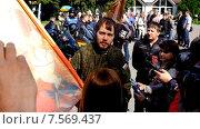 Купить «Интервью у священника, первый в Калининграде крестный ход на мотоциклах», видеоролик № 7569437, снято 17 июня 2015 г. (c) Сергей Куров / Фотобанк Лори
