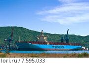 Купить «Новый контейнеровоз Marstal Maersk, стоящий у контейнерного терминала порта Восточный», фото № 7595033, снято 30 мая 2014 г. (c) Владимир Серебрянский / Фотобанк Лори