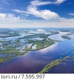 Купить «Весенний разлив в среднем течении реки Обь», фото № 7595997, снято 21 июня 2015 г. (c) Владимир Мельников / Фотобанк Лори