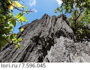 Вулканические скалы на курортном острове. Стоковое фото, фотограф Павел Нефедов / Фотобанк Лори