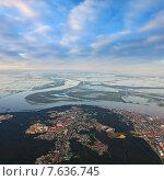 Купить «Ханты-Мансийск, вид сверху», фото № 7636745, снято 27 июня 2015 г. (c) Владимир Мельников / Фотобанк Лори