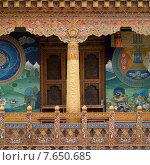 Windows of Punakha Monastery, Punakha, Bhutan (2010 год). Стоковое фото, фотограф Keith Levit / Ingram Publishing / Фотобанк Лори