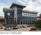 Купить «Здание офиса АО «Транснефть – Урал» в городе Уфе», фото № 7652221, снято 8 июня 2015 г. (c) Коротнев / Фотобанк Лори