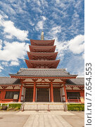 Купить «Пятиярусная пагода храма Сэнсо-дзи, Токио, Япония», фото № 7654553, снято 25 мая 2015 г. (c) Иван Марчук / Фотобанк Лори