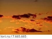 Купить «Небесный пейзаж в оранжевых тонах», фото № 7665665, снято 21 января 2014 г. (c) Сергей Трофименко / Фотобанк Лори
