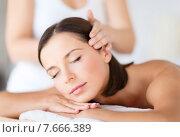 Купить «beautiful woman in spa salon», фото № 7666389, снято 25 июля 2013 г. (c) Syda Productions / Фотобанк Лори