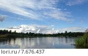 Лесное озеро таймлапс. Стоковое видео, видеограф Андрей Леонидов / Фотобанк Лори