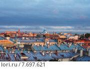 Купить «Вид Санкт-Петербурга с крыши», эксклюзивное фото № 7697621, снято 13 июля 2015 г. (c) Литвяк Игорь / Фотобанк Лори