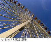 Купить «wheel blauer himmel ferris folk», фото № 7822289, снято 19 октября 2019 г. (c) PantherMedia / Фотобанк Лори