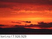Закат на Чёрном море (2015 год). Стоковое фото, фотограф Ирина Садовская / Фотобанк Лори