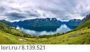 Купить «Panorama Hardanger fjorden», фото № 8139521, снято 18 июня 2015 г. (c) Андрей Армягов / Фотобанк Лори