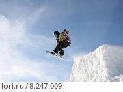 Купить «spring snow jump jumping hop», фото № 8247009, снято 18 марта 2018 г. (c) PantherMedia / Фотобанк Лори