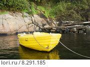 Купить «Yellow Boat», фото № 8291185, снято 24 июля 2019 г. (c) PantherMedia / Фотобанк Лори