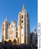Купить «Cathedral of Leon in evening time», фото № 8295397, снято 27 июня 2015 г. (c) Яков Филимонов / Фотобанк Лори