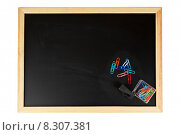 Купить «Chalkboard with paperclips», фото № 8307381, снято 19 марта 2019 г. (c) PantherMedia / Фотобанк Лори