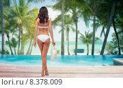 Купить «woman in white bikini swimsuit on tropical beach», фото № 8378009, снято 14 апреля 2015 г. (c) Syda Productions / Фотобанк Лори
