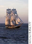 Купить «boat ship sailboat brig yachtsman», фото № 8452177, снято 25 марта 2019 г. (c) PantherMedia / Фотобанк Лори