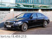 Mercedes-Benz W222 S-class (2014 год). Редакционное фото, фотограф Art Konovalov / Фотобанк Лори