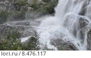 Купить «Алибекский водопад на Домбае, горы Северного Кавказа», эксклюзивный видеоролик № 8476117, снято 30 июля 2015 г. (c) Алексей Бок / Фотобанк Лори