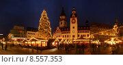Купить «winter december christmas tree town», фото № 8557353, снято 16 июня 2019 г. (c) PantherMedia / Фотобанк Лори