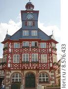 Купить «tower historical clock frame work», фото № 8576433, снято 19 сентября 2018 г. (c) PantherMedia / Фотобанк Лори
