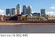 Купить «London Docklands from Greenwich Pier», фото № 8902445, снято 16 января 2019 г. (c) PantherMedia / Фотобанк Лори