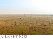 Ветряки в Крыму, вид с одного из ветряков высотой 90 метров (2015 год). Стоковое фото, фотограф Ивашков Александр / Фотобанк Лори