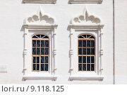 Купить «Окна», фото № 9118125, снято 15 июля 2015 г. (c) Владимир Мельников / Фотобанк Лори