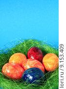 Купить «easter egg painted five coloured», фото № 9153409, снято 19 июня 2019 г. (c) PantherMedia / Фотобанк Лори