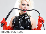 Купить «woman in latex with whip», фото № 9271209, снято 22 января 2019 г. (c) PantherMedia / Фотобанк Лори