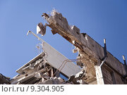 Купить «building buildings ruin scrapping demolition», фото № 9304905, снято 20 октября 2018 г. (c) PantherMedia / Фотобанк Лори