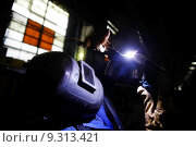 Купить «Welder working», фото № 9313421, снято 17 февраля 2019 г. (c) PantherMedia / Фотобанк Лори