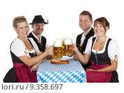 Купить «group beer bavaria cheers octoberfest», фото № 9358697, снято 16 июля 2019 г. (c) PantherMedia / Фотобанк Лори