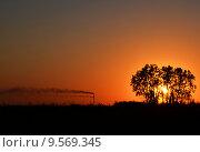 Закат близ Новочеркасской ГРЭС. Стоковое фото, фотограф Токарева Татьяна / Фотобанк Лори