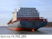 Купить «transport boat container ship sailboat», фото № 9765285, снято 17 июня 2019 г. (c) PantherMedia / Фотобанк Лори