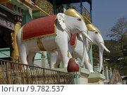 Купить «temple sculptures elephants myanmar burma», фото № 9782537, снято 8 июля 2020 г. (c) PantherMedia / Фотобанк Лори