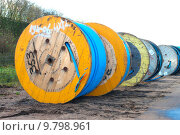 Купить «cable drums», фото № 9798961, снято 30 марта 2020 г. (c) PantherMedia / Фотобанк Лори