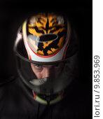 Купить «Man with helmet», фото № 9853969, снято 21 марта 2018 г. (c) PantherMedia / Фотобанк Лори