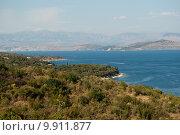 Купить «Побережье острова Корфу, Греция», фото № 9911877, снято 8 августа 2015 г. (c) Наталья Быстрая / Фотобанк Лори
