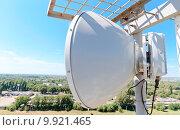 Купить «Антенна радиорелейной станции сотовой связи», фото № 9921465, снято 11 августа 2015 г. (c) Рожков Юрий / Фотобанк Лори