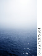 Купить «Blue fog sea in a foggy day with low ocean visibility», фото № 9975961, снято 16 января 2019 г. (c) PantherMedia / Фотобанк Лори